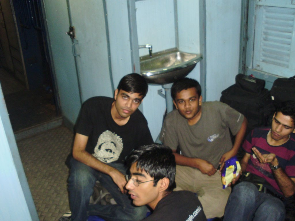 Bhai, Somani, Me